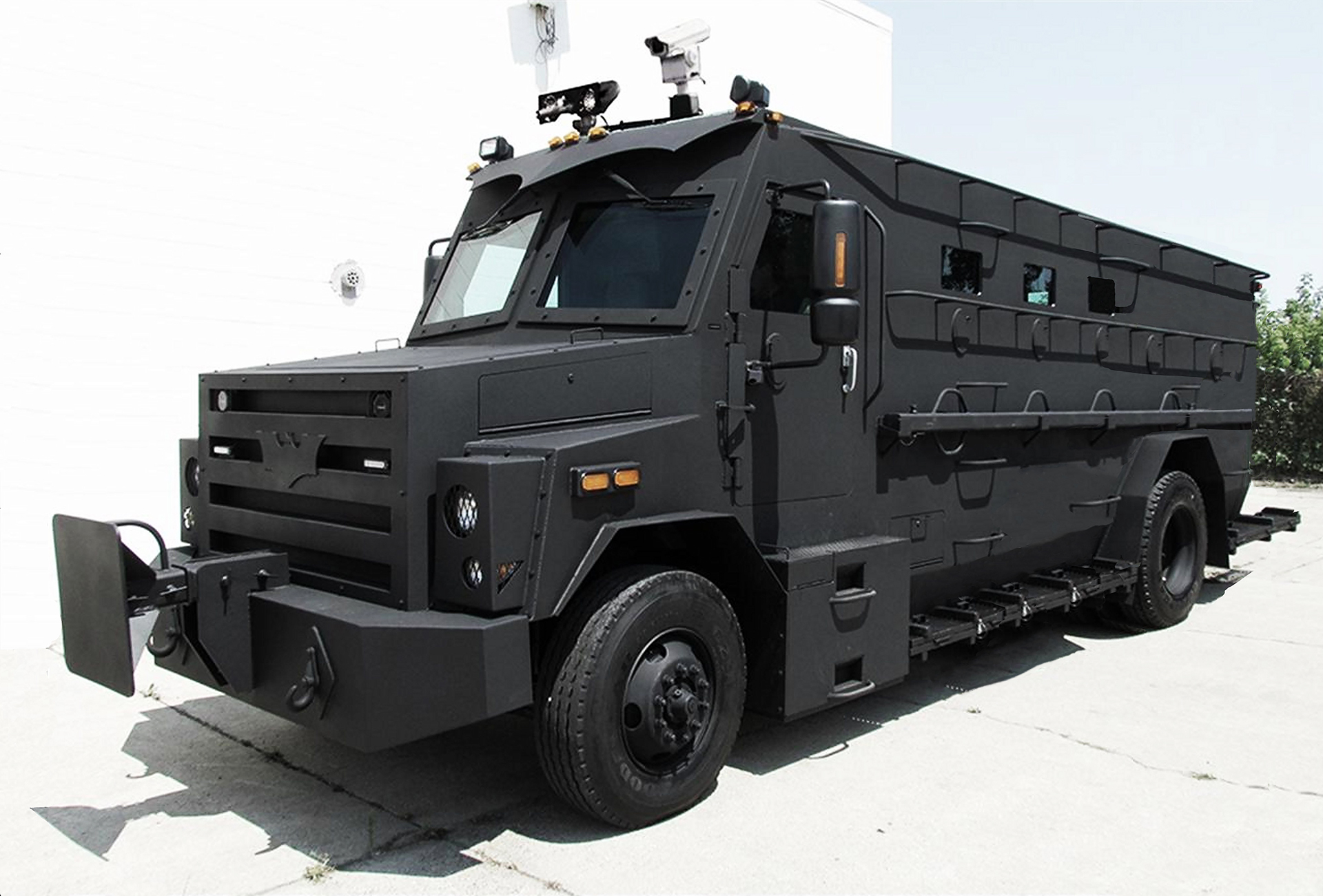 RIOT CONTROL VEHICLES - WATER CANNON